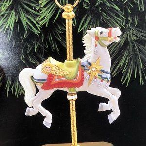 Hallmark Holiday - Hallmark 1995 carousel horse by Tobin Farley MIB
